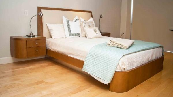 Coronado Residence, bed.