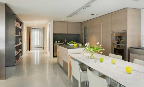 Guss Lodl kitchen