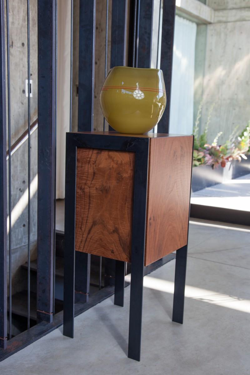 Drum display pedestal end table
